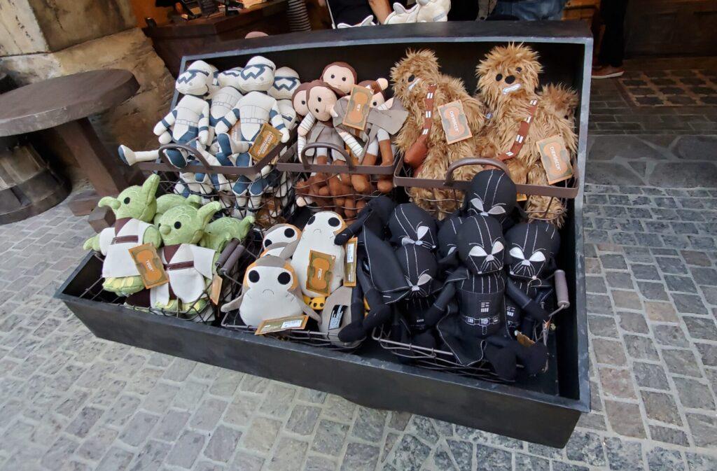 Souvenirs at Disneyland, Star Wars: Galaxys Edge. Stuffed star wars characters.